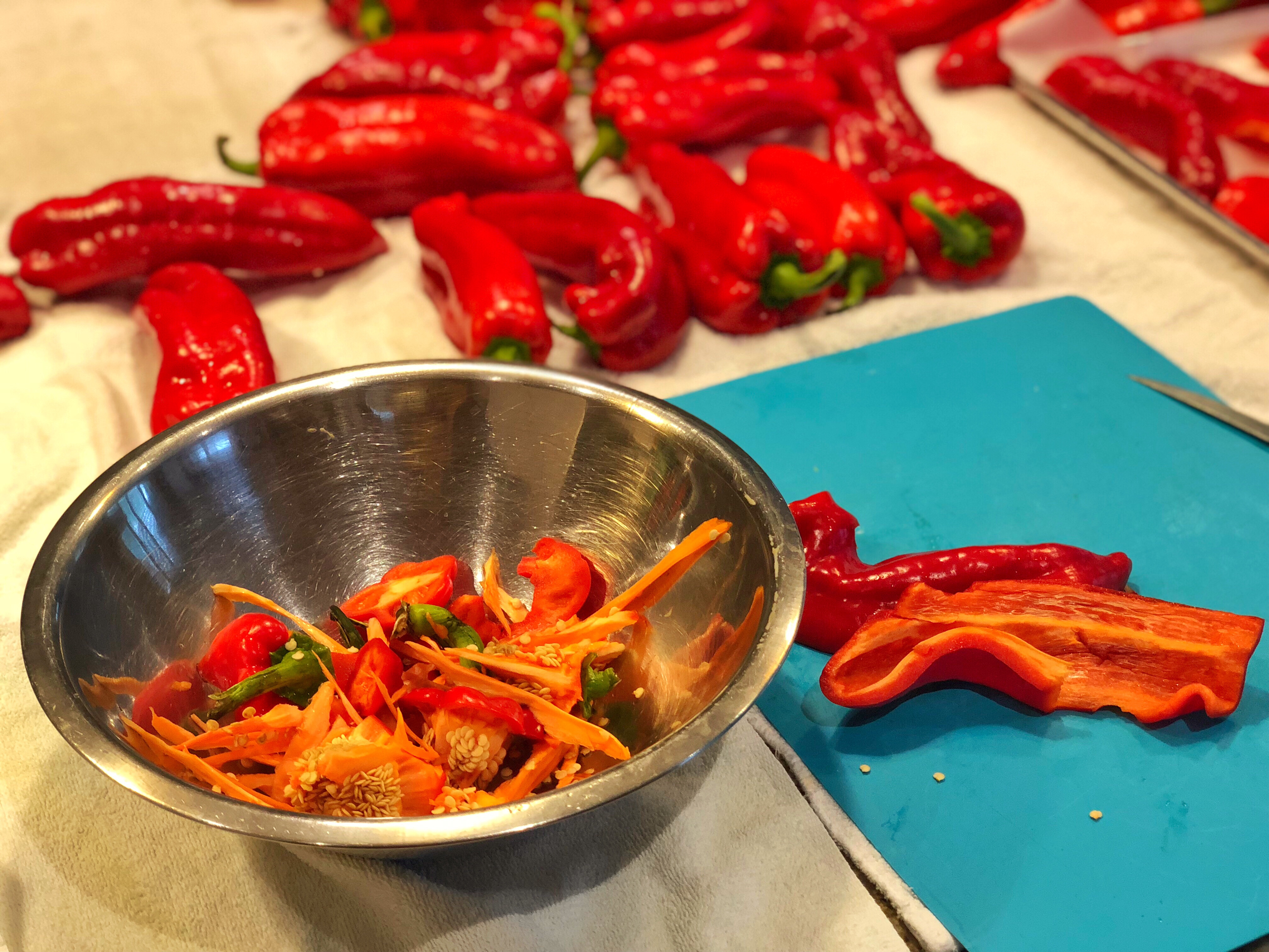 5-Easy-Steps-to-Make-Roasted-Red-Peppers