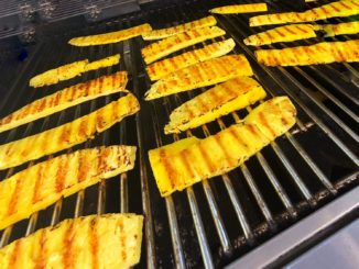 Delicious-grilled-pineapple-barbeque